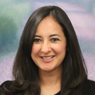 Dr. Veronica Zapater-Raberov